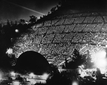 Spectators-1940-USC.jpg