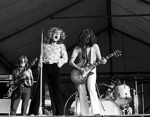 led-zeppelin-bath-festival-1969-chris-walter.jpg